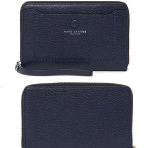 Marc Jacobs Leather Wristlet